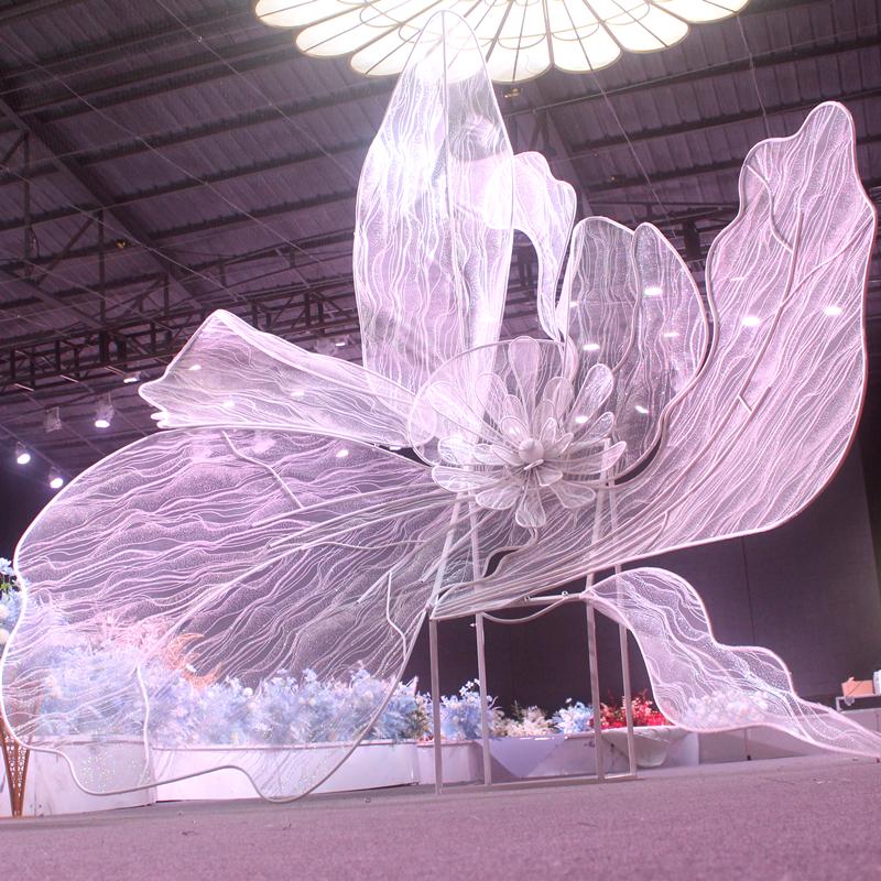 大型婚礼装饰摆件新款婚庆布置铁艺道具花瓣背景屏风绽放牡丹花头