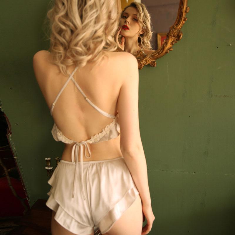 浅灰色性感睡衣女夏季新款仿真丝露背诱惑吊带肚兜情趣家居服套装