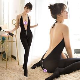 夜三点情趣丝袜女性感拉链情趣内衣连身露乳紧身透明深V挂脖制服